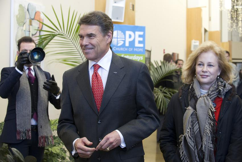 Rick and Anita Perry leaving the Lutheran Church of Hope in Des Moines, Iowa, on Jan. 1, 2012.