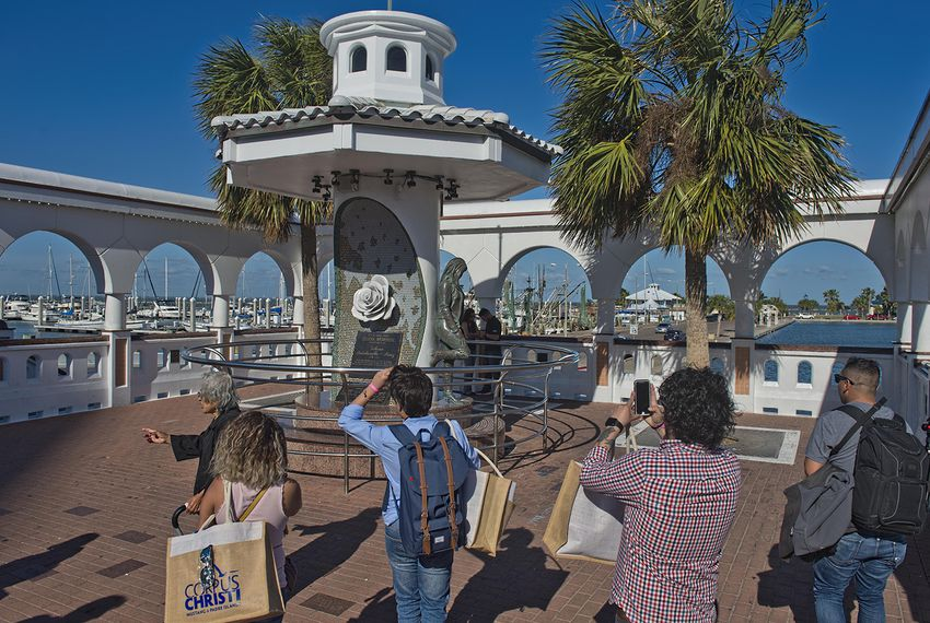 The Mirador del la Flor, or Overlook of the Flower, unveiled in 1997, honors musician Selena Quintanilla-Perez.  The monument is located in downtown Corpus Christi overlooking the marina.