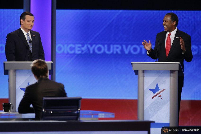 Presidential hopefuls Ben Carson and Ted Cruz at the GOP debate at Saint Anselm Collegepeopl in Manchester, New Hampshire on Feb. 6, 2016.