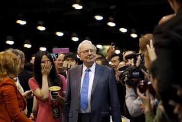 Berkshire Hathaway CEO Warren Buffett at an annual Berkshire meeting in Omaha, Nebraska on May 2, 2015.