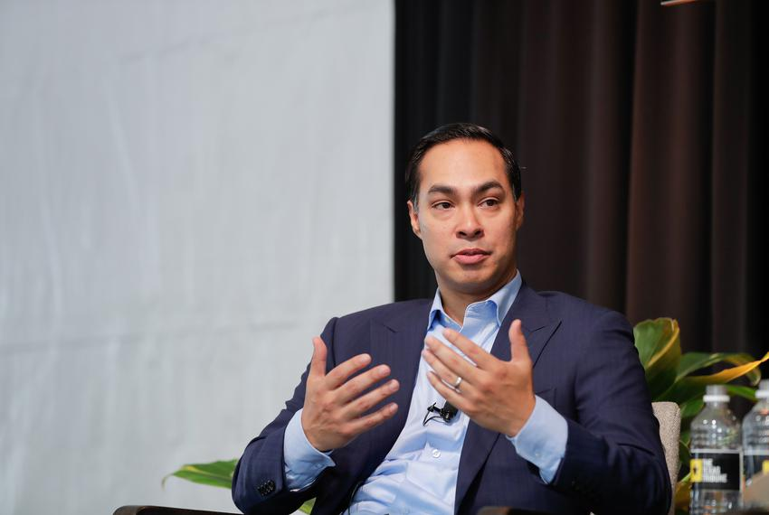 Former U.S. Secretary of Housing and Urban Development Julián Castro speaks with Tribune Editor-in-Chief Emily Ramshaw at ...