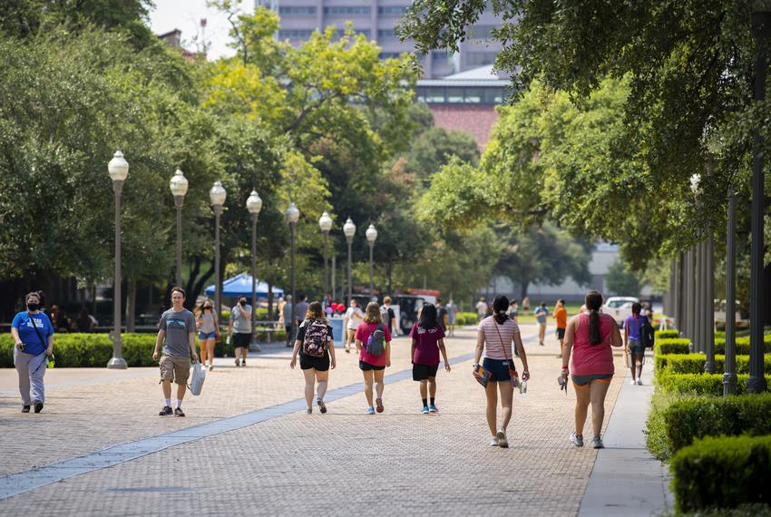 Students walk around the University of Texas at Austin on Aug. 24, 2020.