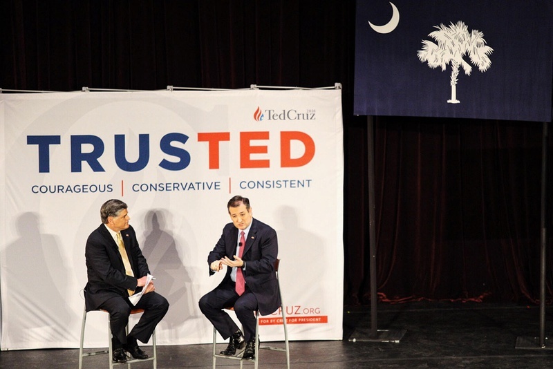 Ted Cruz speaks with Sean Hannity during a rally at the Sotille Theatre in Charleston, S.C., Friday, Feb 19, 2016, in preparation for the South Carolina Republican primary on Saturday.