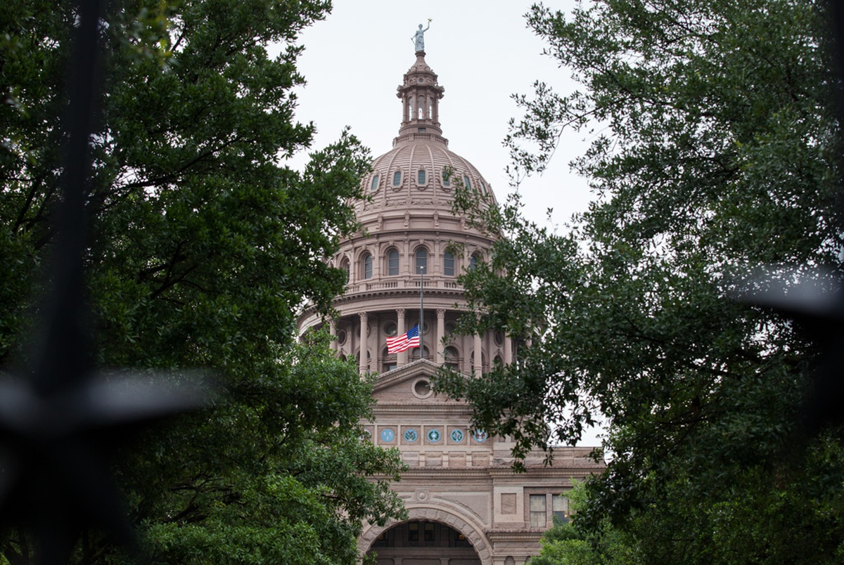 State Auditor: Texas agencies lost nearly 29,000 employees last year