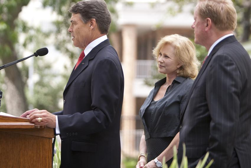 Gov. Rick Perry, first lady Anita Perry and state Rep. Jim Pitts at the unveiling of the restored Texas Governor's Mansion o…