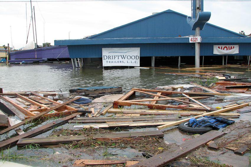 Hurricane Ike damage El Lago, 2008.