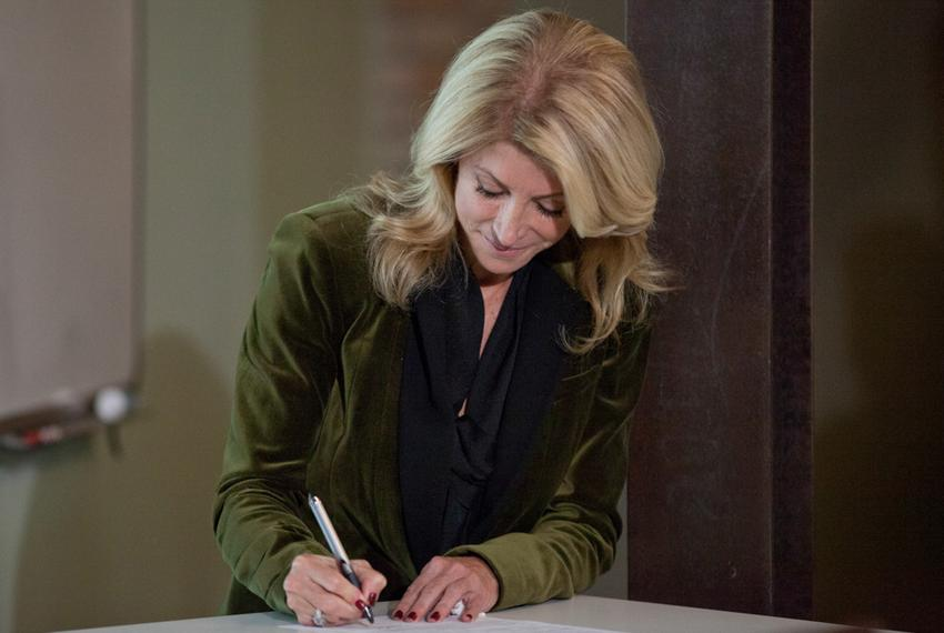 State Sen. Wendy Davis, D-Fort Worth, officially files her candidacy for governor in front of a crowd of supporters at uShip…