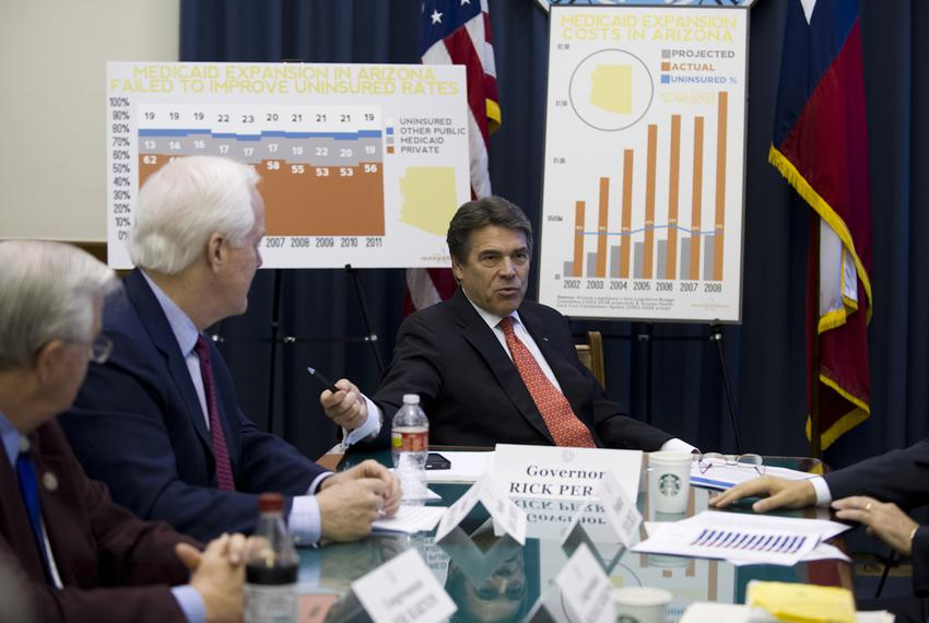 Texas Governor Rick Perry hosts a working session on Medicaid expansion for U.S. Senators John Cornyn, Ted Cruz and other co…