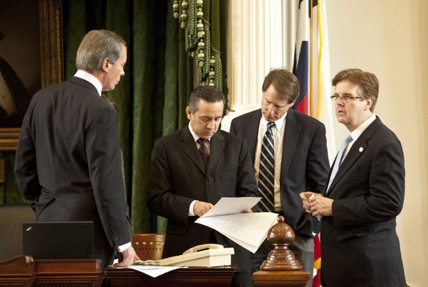 Lt. Gov. David Dewhurst, Sen. Carlos Uresti, Sen. Robert Duncan and Sen. Dan Patrick review amendments to Senate Bill 16, the abortion sonogram bill.