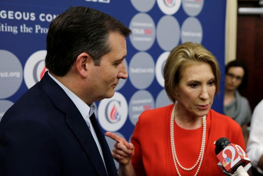 Republican U.S. presidential candidate Cruz is joined by former Republican candidate Fiorina at press conference after town …