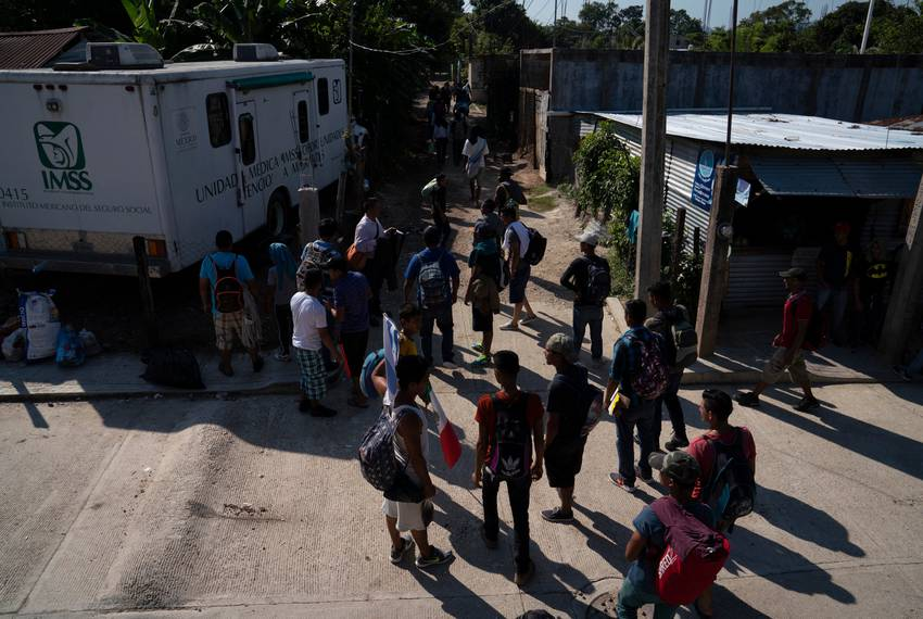 Migrants following the caravan continue on despite Donald