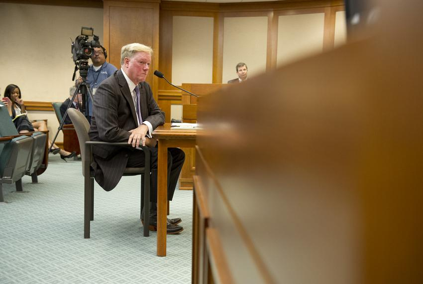 House Appropriations Committee chair Rep. Jim Pitts, R-Waxahachie, listens to committee counsel Rusty Hardin during a mornin…