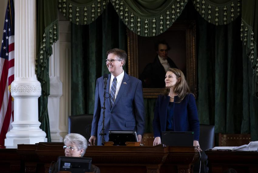 Lieutenant Governor Dan Patrick and Senate Parliamentarian Karina Davis on the senate floor. Jan. 9, 2019.